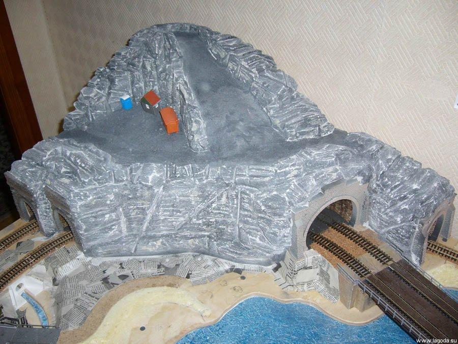 Как сделать камень из монтажной пены